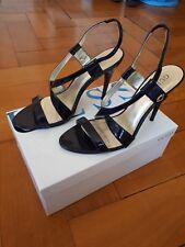 Schnäppchen!!! Ungetragene Guess blaue Lackleder Sandalen mit 12 cm Absatz