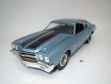 1966 Chevrolet Chevelle Christmas CAR ROSSO 1:18 AUTO World ERTL amm1041 Red Chevy