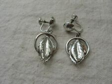 Vintage Silver Tone LEAF in RING Screw Back Clip on Earrings ~ Wear ~