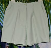 FAIRWAY OUTFITTERS Pale Green Shorts 12 Rear Side Elastic Waist Polyester
