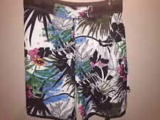Mens Quiksilver Number Tropical Boardshorts Size 34 Hang Loose Hand in Pocket