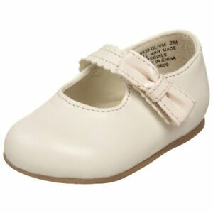 Infants  MaryJanes   Bone Color Shoes Patent Bow  NEW Infants Girls Size 2 M