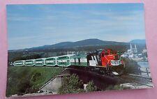 Le Tortillard du St. Laurent CN GP-9u No 4027 Train Railway Postcard