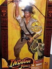 Indiana Jones  raiders of the lost ark    2008 collector  action figure  !!