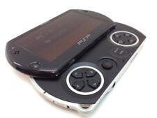 PSP GO ,negra en buen estado con cargador Sony