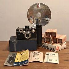Vintage Argus C3 Camera With Flash & Bulbs - Work