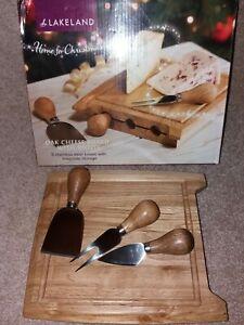 Lakeland Oak Cheese Board And Knife Set - Brand New