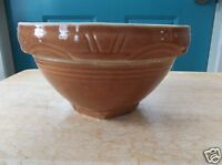 Vintage Brown Pottery Mixing Bowl with Ribbing and Half Circle Design