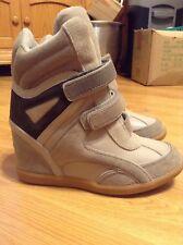 Womens Buffalo Style 209 Grey/Black Wedge Boots Size 6