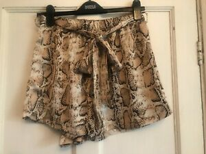 """Ladies Brown Snake Print Shorts with Belt Waist 26"""" Approx Size 8"""