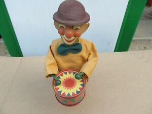 Vintage Tin Type Smiling Clown Marching Drummer Wind Up Toy
