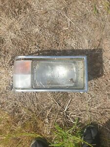 Holden WB Statesman Drivers Side Headlight And Blinker Parker Assembly