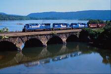 543006 Northbound Conrail Freight Alongside Susquehanna River PA A4 Photo Print