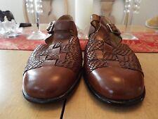 10.5 M Gary's International Handmade Leather Woven Buckle Sandals