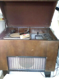 Vintage Garrard RC75  automatic record player turntable,