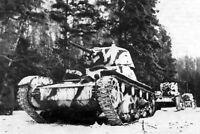 WWII photo resting American soldier with Degtyarev/'s machine gun //609