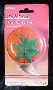 "2"" Tomato Pin Cushion & Strawberry Emery Clean & Sharpen Needles Allary #342 NIP"