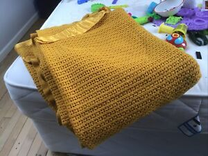Vintage Beige Burnt Orange Honeycomb Waffle Wool Blanket Large Retro Marmalade