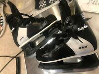 Rapide CCM 101 Ice Hockey Skates