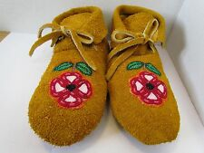 NATIVE AMERICAN MOCCASINS, GENUINE LEATHER, HAND MADE, BEADED FLOWER, 9.5 INCHES