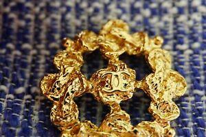 100%  Chanel   Button 1 pieces size 30 mm XLarge  metal  💗💗💗💗💗logo cc gold