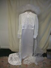 Ladies Wedding Dress size S vintage 1960s? white satin & lace with train & veil