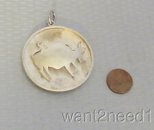 MCM 60s vtg handcrafted MEXICO 935 SILVER BULL PENDANT big carved shadowbox 21g