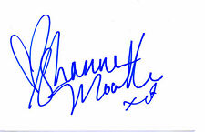 AMERICAN ACTRESS & MODEL SHANNA MOAKLER HAND SIGNED 6 x 4 WHITE CARD (B)