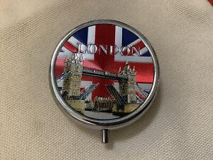 London / Tower Bridge / Union Jack Souvenir Pill Box With Mirror