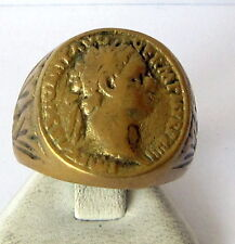 IMPOSING ROMAN STYLE ANTIQUE BRONZE RING W/ PORTRAIT OF EMPEROR VESPASIANUS