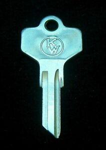 1656 KENWORTH TRUCKS Logo KEY BLANK fits U.S. Models 1978-1993 Ignition & Door