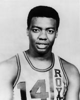 1965 Cincinnati Royals OSCAR ROBERTSON Vintage 8x10 Photo Basketball Portrait
