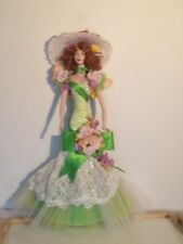 Vintage elegant & absolutely stunning a magnificent doll