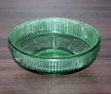 Vintage Beautiful Green Glass Chrysanthemum Pattern Candy Nut Desert Bowl #83