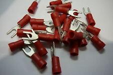 Paquete De 25 De Rojo 3.7 mm Con Bloqueo Horquilla terminales de crimpeado (de 3,5 mm Perno / Tornillo)
