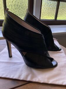 SJP Black Heels. Size 37. Only Worn A Few Times.