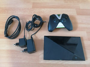 Nvidia Shield TV Pro 500GB (2015) mit Controller
