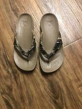 Crocs RealTree Camo Thong Flip RARE Size 4
