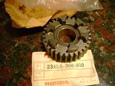 Honda CB750 K0-K6 Gear 4th Main 31T OEM 23450-300-010 NOS Super Sport 750 Four