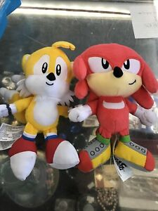 "Lot Of 2 Sonic The Hedgehog Plush 8"" Inch Lot! Yellow And Red"