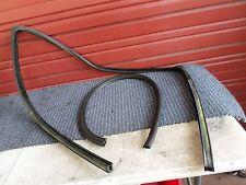 92 93 94 GMC SIERRA SILVERADO 1500 REG CAB LEFT SIDE WINDOW CHANNEL  UPPER SEAL
