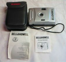 New Bell Howell Focus Free 35mm Film Camera Point & Shoot & Case - Free Shipping