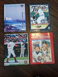 Lot of (8) baseball magazines - 2000s - Detroit Tigers, Cubs scorecard + more