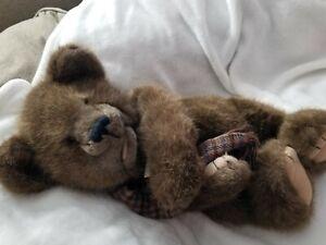 Boyd's bears brown fur Wiley P. Chatsworth puppet bear