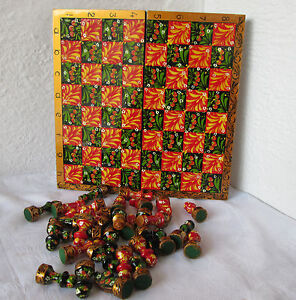 "11+"" colorful wooden painted Checkerboard Game box + chess figures green red"
