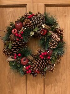 Christmas door wreath - Green & Red Woodland Christmas wreath. Artificial Wreath
