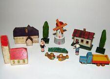 Konvolut altes Holzspielzeug Erzgebirge Windmühle Figuren Enten Häuser
