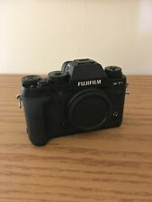 Fujifilm X-T1 XT1 Mirrorless - excellent condition, rarely used - incl FLASH