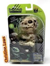 Fingerlings Untamed Dinosaur GLOOM GLOW IN DARK Raptor GLOOM Bonehead Skeleton