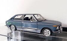 MINICHAMPS 1:18 BMW 2002 Tii Touring blau 1971